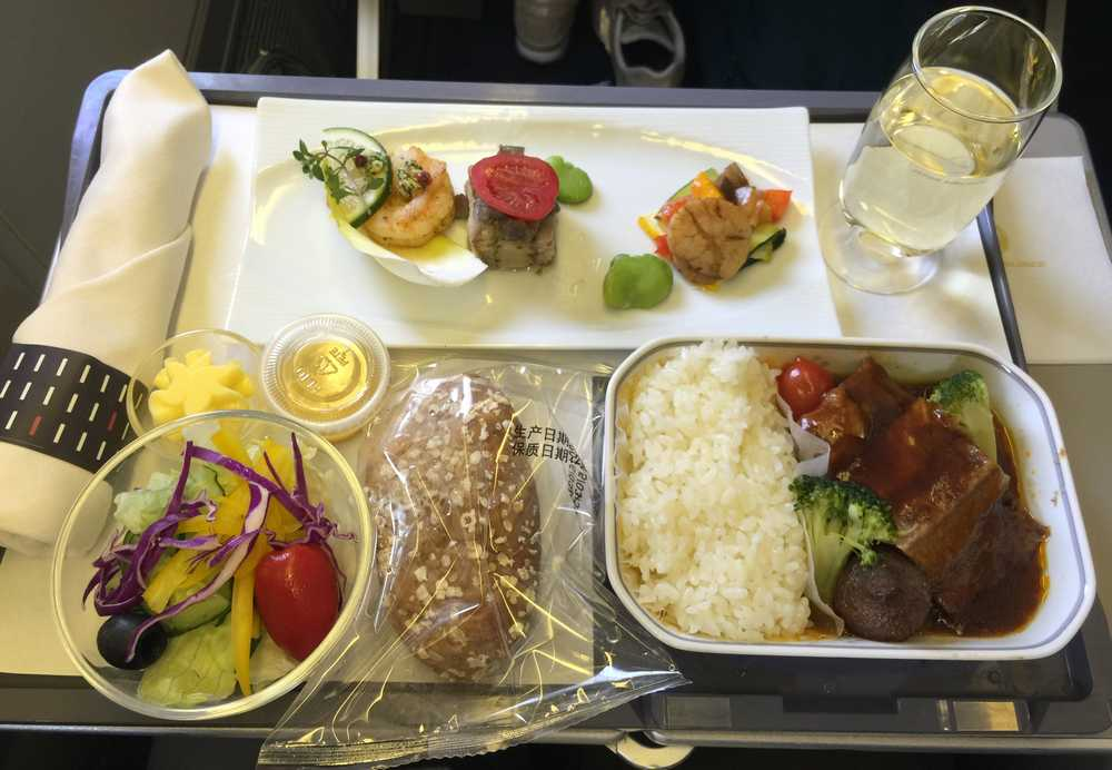 JAL876ビジネスクラスの機内食画像
