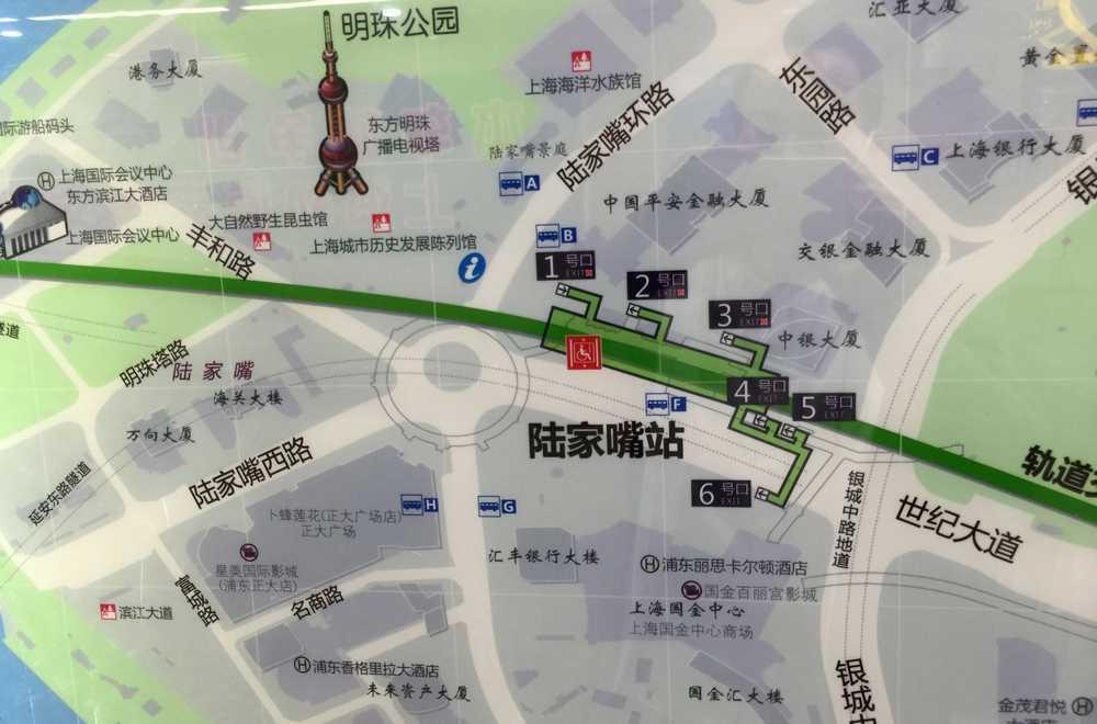 陸家嘴駅周辺の地図画像