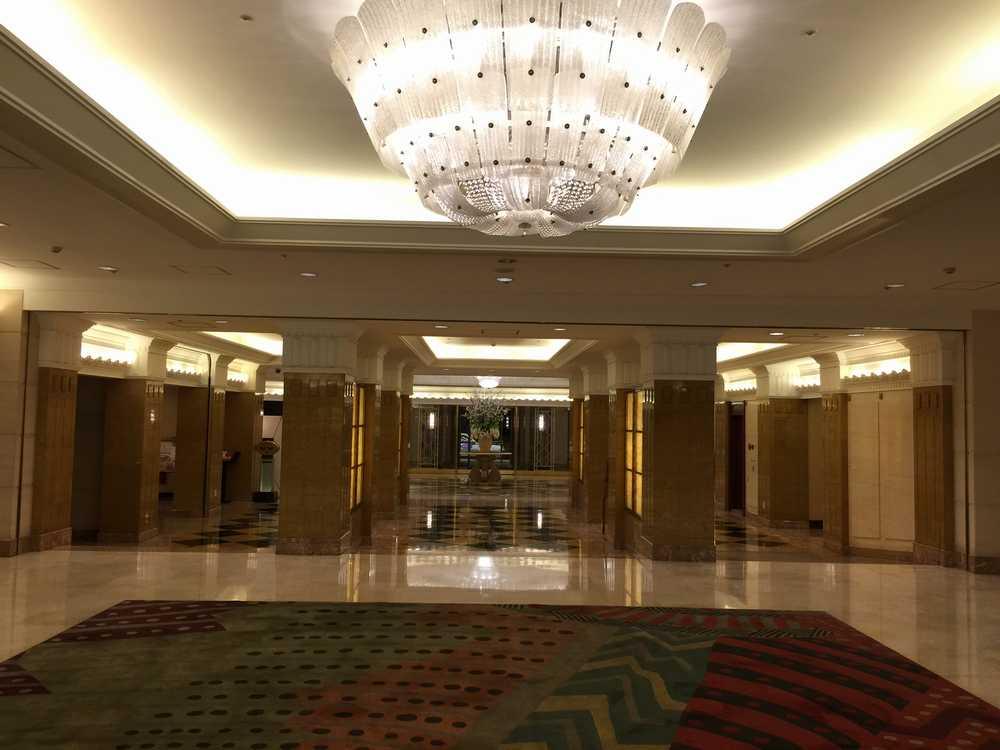 オークラガーデンホテル上海のシャンデリア画像
